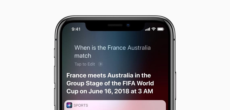 Siri beantwoordt een gesproken zoekopdracht.