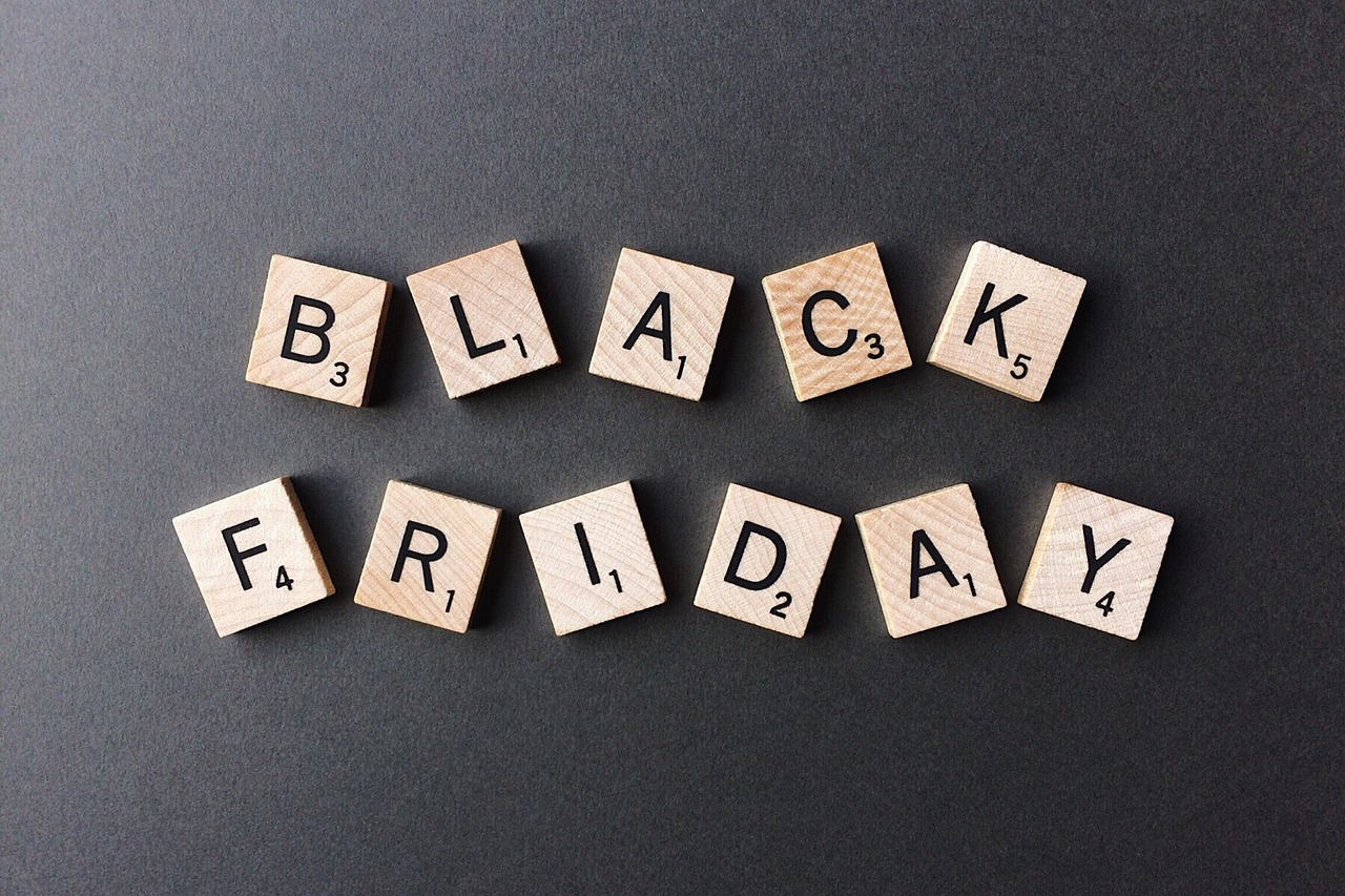 black-friday-2925476_1280.jpg